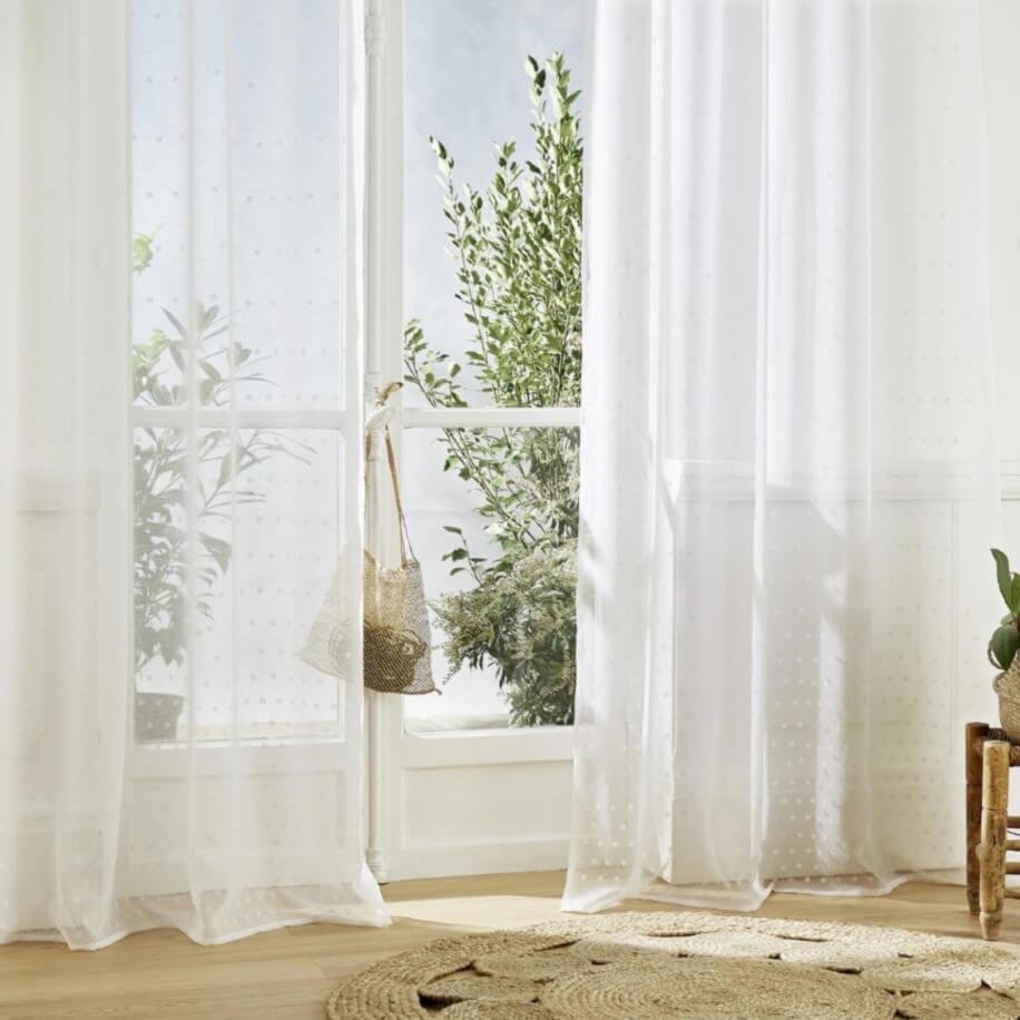 rideaux voilages et store int rieur pour habiller vos. Black Bedroom Furniture Sets. Home Design Ideas