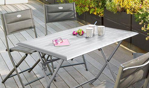 Table de jardin : à chacun son style
