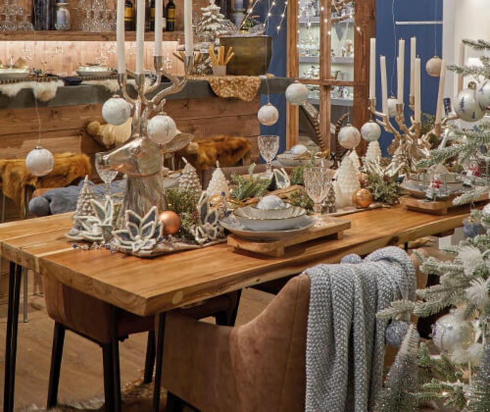 tavolo natalizio moderno
