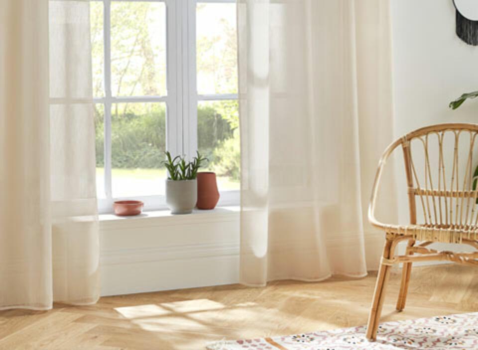 cortina beige