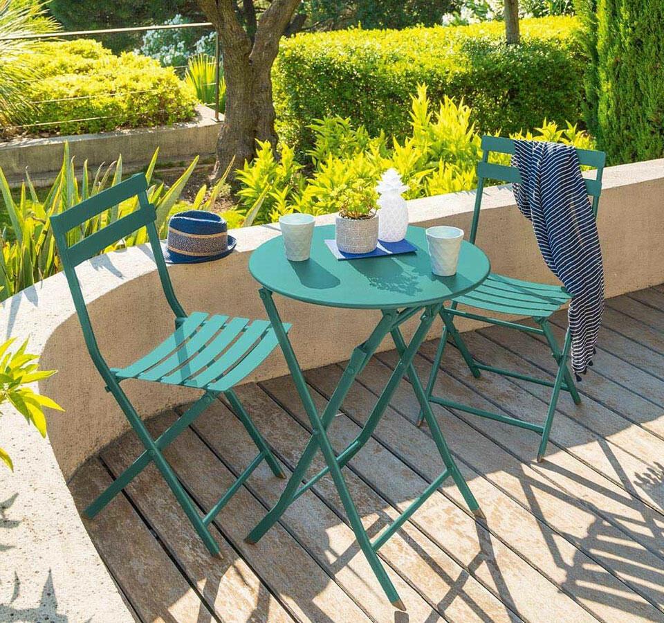 chaise de jardin en acier