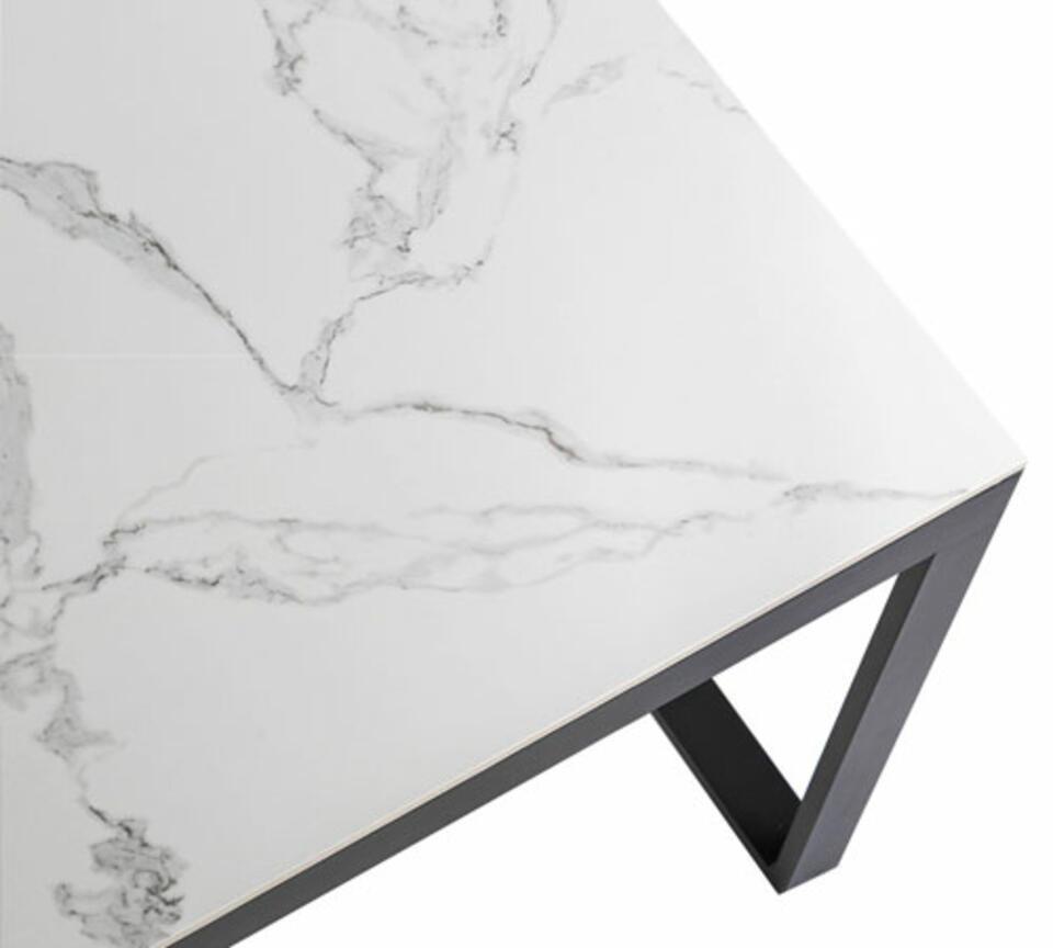 table de jardin céramique effet marbre