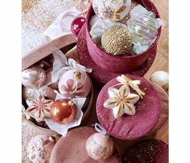décorations de Noël rose