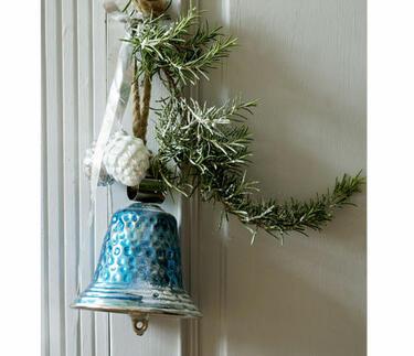 décoration de noel bleu et argent pour porte d'entrée