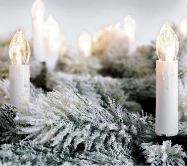 Mit Glühbirnen & Kerzen