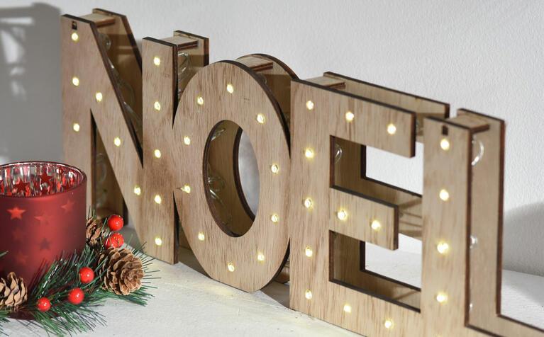 Decorazioni e oggetti natalizi